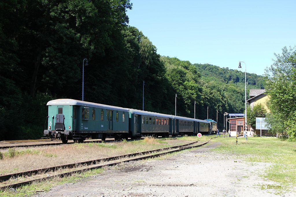 IMG_2292-Benesov-n-P-CSD-Personenzug-Regelverkehr.JPG