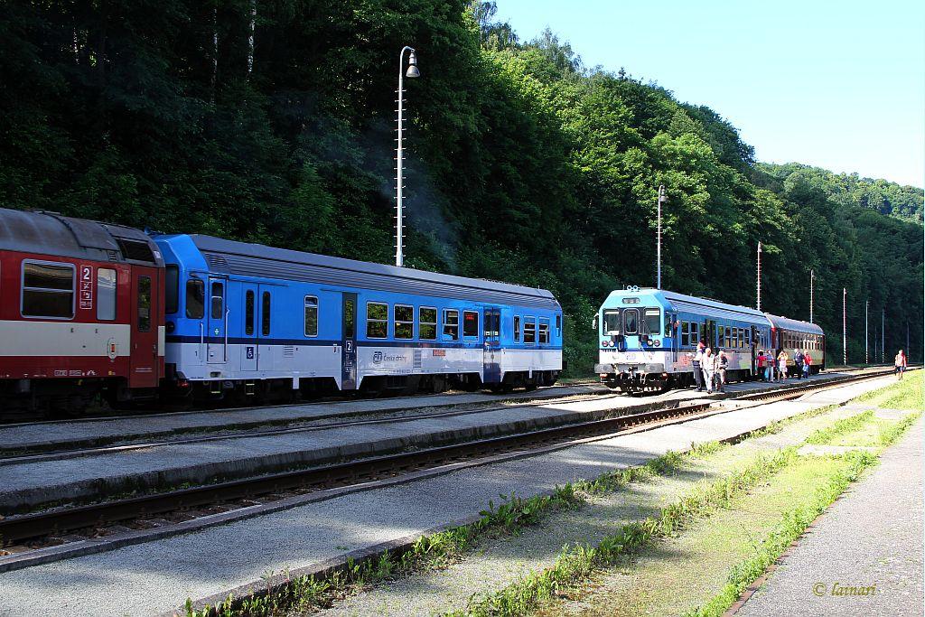 IMG_2299-Schnellzugkreuzung-Regelverkehr.JPG