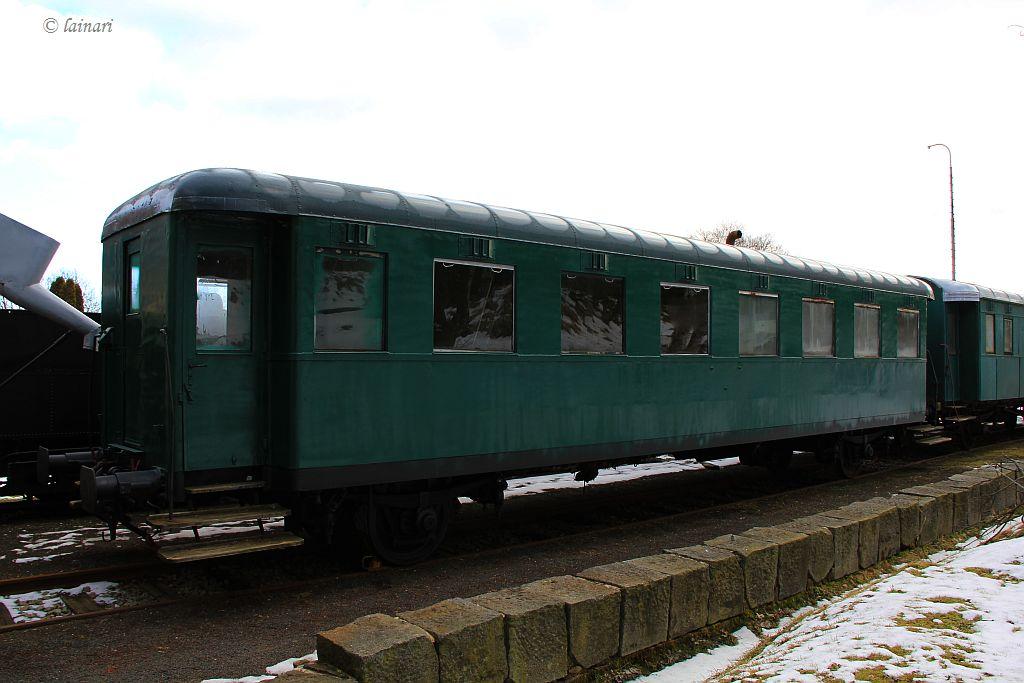 IMG_6388-restaurierte-Personenwagen.JPG