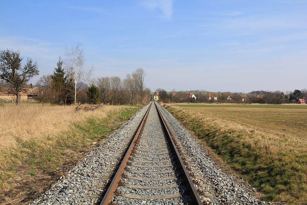 IMG_7655-Podsedice-sanierte-Bahnstrecke.JPG