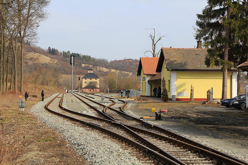 IMG_7676-Trebivlice-Bahnhof.JPG
