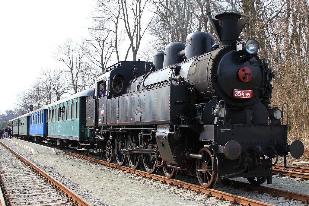 IMG_7680-Dampflok-Reihe-354.JPG