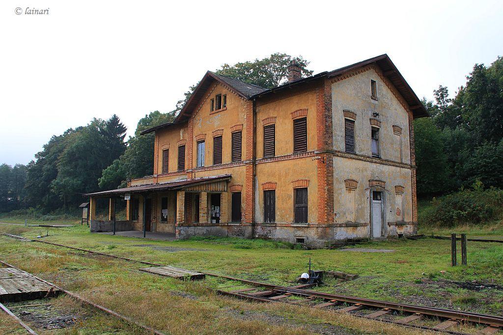 IMG_7708-Kamenicky-Senov-Bahnhof.JPG